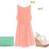 Peach-mekko, jossa on vihreä pussi
