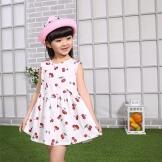 Vestido de verão para uma menina de 3 anos