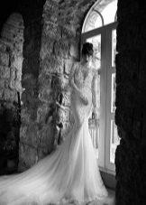 Tüll szoknya egy csipke esküvői ruha