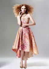Rózsaszín estélyi ruha