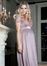 Pakaian lavender untuk wanita hamil