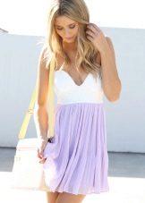 Pakaian petang putih lavender