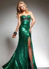 Evening green dress with sequins