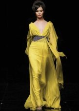 Evening dress yellow in the Greek style