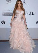 Jennifer Lopez on Roberto Cavallin iltapuku