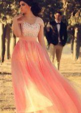 Elegant vestit de nit de grans dimensions a terra