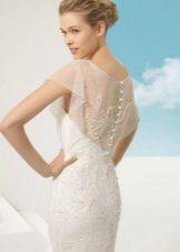 Gyöngyös csipke esküvői ruha