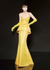 Vestido de noite amarelo sereia