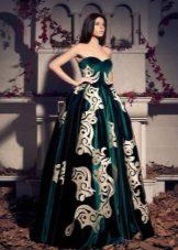 Bolyhos bársony estélyi ruha
