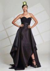 Vestido de noite preto com assimetria