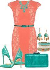 Coral-mekko yhdessä vihreiden lisävarusteiden kanssa