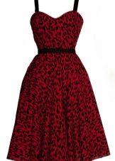 Leopar desenli kırmızı elbise
