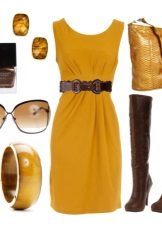 Mustard dress with brown accessories