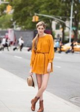 Mustard dress with brown boots