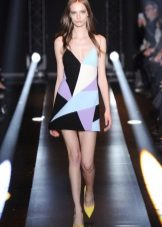 Dress color with a geometric pattern