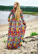 Multicolored dress with long sleeves
