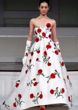 Wedding dress with red roses