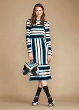 Closed color midi dress