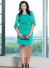 Groene jurk voor dikke buik