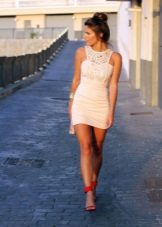 Slim, short, milky dress with guipure