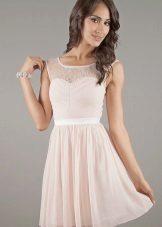 Gipür işlemeli sütlü elbise