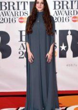 BRIT Awards 2016: Jurk met capuchon