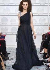 A görög kék ruhát Schiaparelli készítette