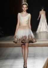 Kort st-klänning flicka