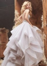 Bröllopsklänning många tier magnifik