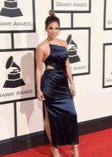 Grammy - 2016 ruha a kivágásokban