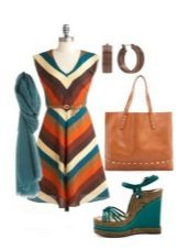 Striped color dress, jewelry and accessories for women of the color type Autumn