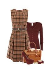 Checkered dress and accessories for women of the color type Autumn