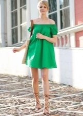 Liinavaatteet vihreä mekko