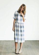 Liinavaatteet pitkä ruudullinen mekko