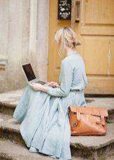Sininen pellava pitkä mekko