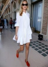Korte witte A-lijn jurk