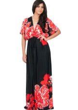 Kleed kimono zwart en rood voor een volle vrouw