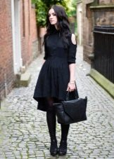 Shirt dress with an asymmetrical bottom at the skirt