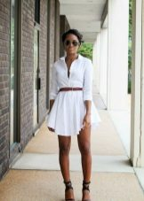 Short shirt dress with sandals on heels