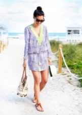 Beach dress-tunika na may sinturon