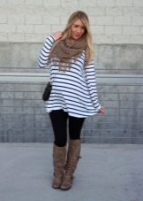 Striped dress for pregnant women