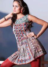 Dress tunic in oriental style