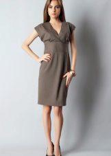 Middelslang kjole med høy midje