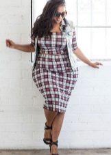 Witte geruite jurk voor vrouwen met obesitas