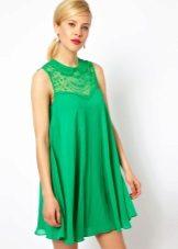 Flared kjole