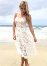 White flared knitted dress