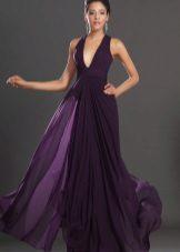 Flared lilla kjole er lang til gulvet