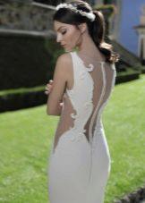 Suknelė su atvira vestuvių vestuvėmis