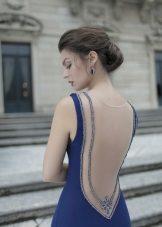 Suknelė su atvira mėlyna spalva