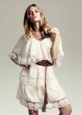 Lätt boho klänning med ärmar